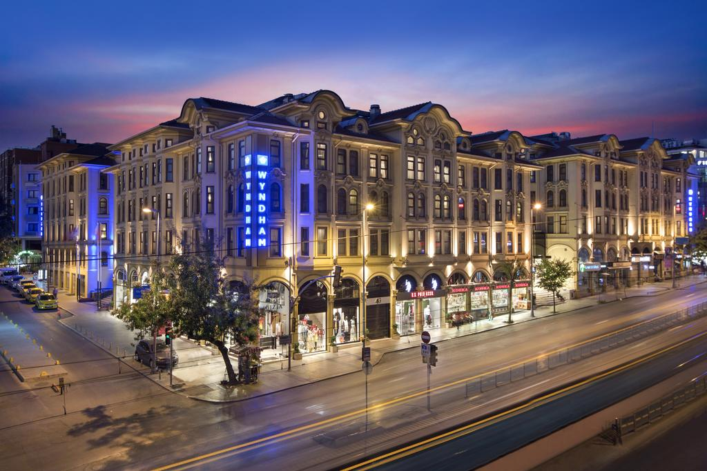 HOTEL CROWN PLAZA ISTANBUL OLD CITY