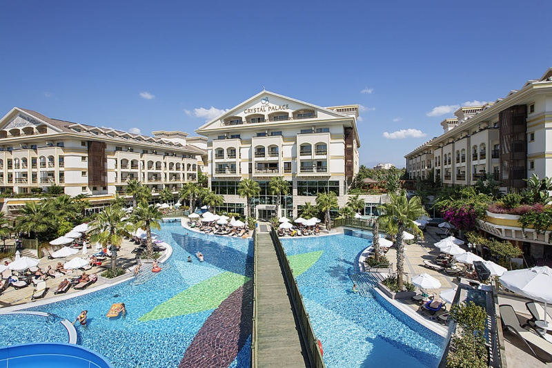 HOTEL CRYSTAL PALACE LUXURY RESORT AND SPA